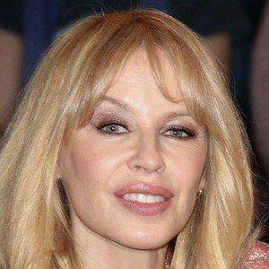 Kylie Minogue 1 of 10