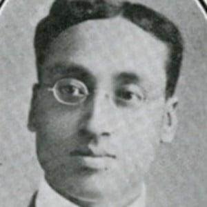 Sisir Kumar Mitra Headshot