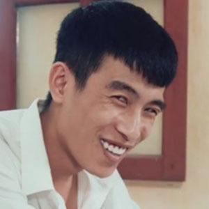 Tuan Mo 1 of 5