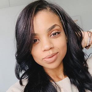 Rochelle Monique 1 of 6