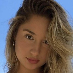 Savannah Montano 1 of 10