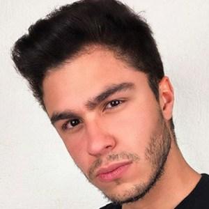 Konrad Montero 1 of 5