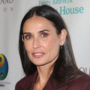 Demi Moore 1 of 10