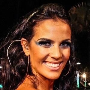 Ju Moraes Headshot 1 of 3