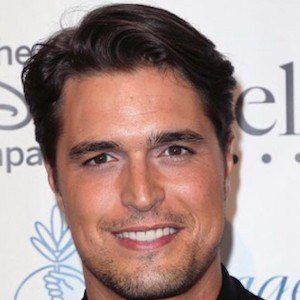 Diogo Morgado 1 of 8