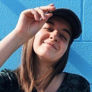 Maddie Morris Headshot 1 of 10