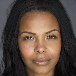Samantha Mumba 1 of 5