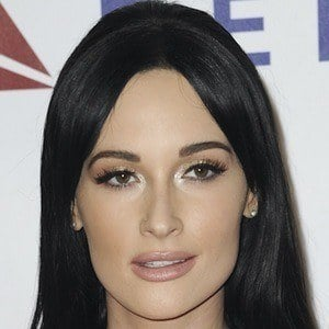 Kacey Musgraves 1 of 10