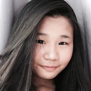 Kezia Nathania 1 of 3