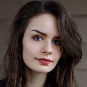 Sarah Nauta 1 of 8