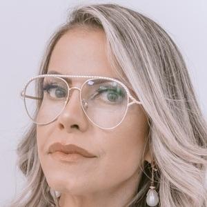 Eliane Negrão Headshot 1 of 10