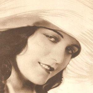 Pola Negri 1 of 2