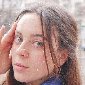 Bruna Neves Headshot 1 of 10