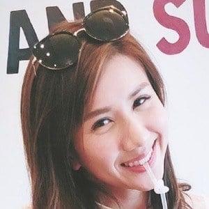 Chloe Nguyen Headshot