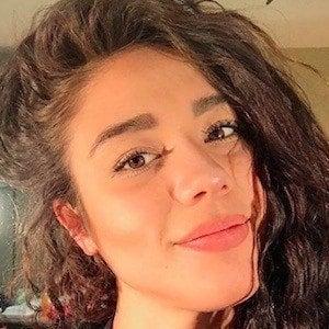 Fernanda Ni 1 of 10