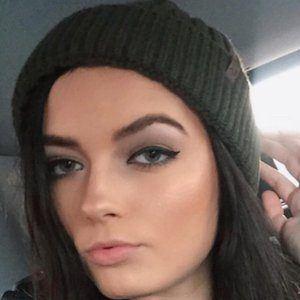 Nikki Orion 1 of 10