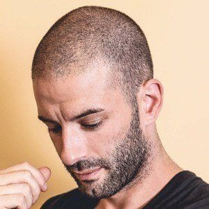 Darcy Oake 1 of 8