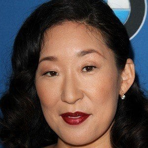 Sandra Oh 1 of 10