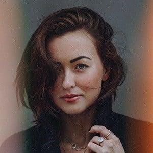 Jessica Olie 1 of 3