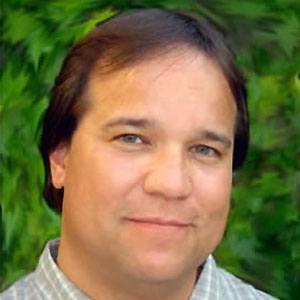 Tony Oliver Headshot