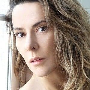 Silvia Olmedo Headshot