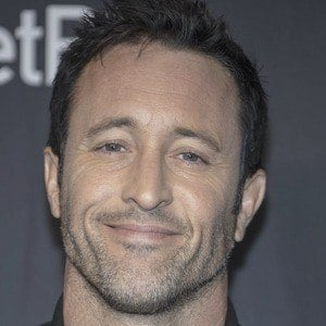 Alex O'Loughlin 1 of 6