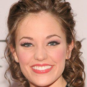 Laura Osnes 1 of 5