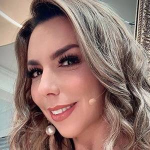Vanessa Oyarzún 1 of 5