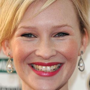 Joanna Page 1 of 5