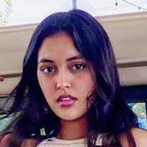 Shivani Paliwal 1 of 6