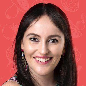 Natália Palmegiano Headshot