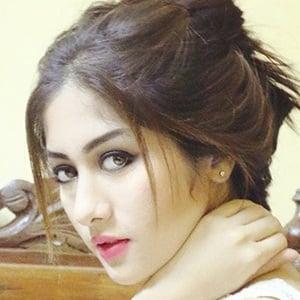 Riya Pant 1 of 6