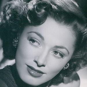 Eleanor Parker 1 of 3