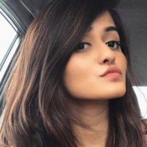 Shivani Patil 1 of 10