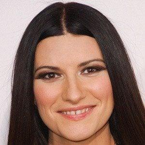 Laura Pausini 1 of 8