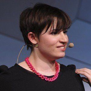 Laurie Penny 1 of 7