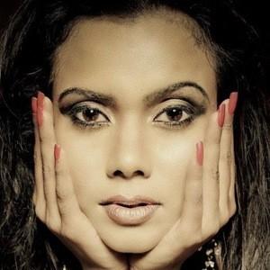 Gayesha Perera 1 of 6