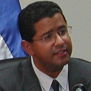 Francisco Flores Pérez Headshot