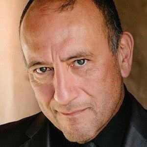 Miguel Perez Headshot