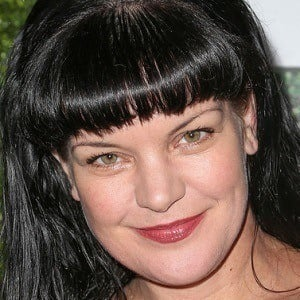 Pauley Perrette 1 of 8