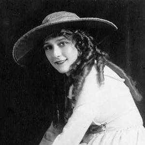 Mary Pickford 1 of 8