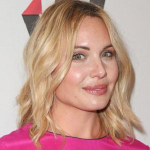 Leah Pipes 1 of 5