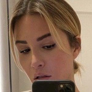 Lauren Pisciotta 1 of 5