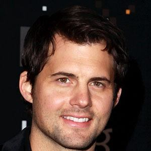 Kristoffer Polaha 1 of 5