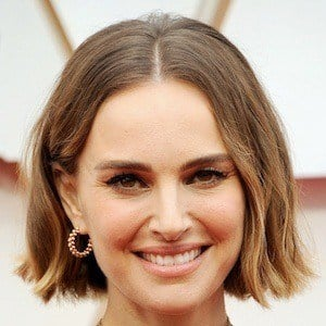 Natalie Portman 1 of 10