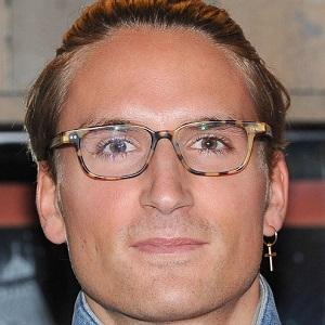 Oliver Proudlock 1 of 7