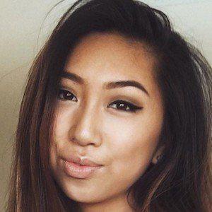 Vanessa Qin 1 of 4
