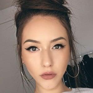Melina Quiroga 1 of 6