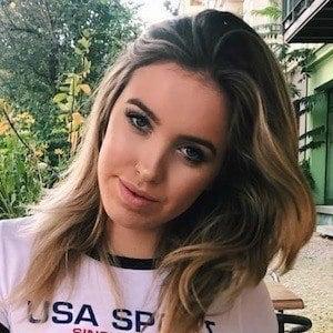 Stella Rae 1 of 10