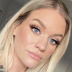 Samantha Ravndahl 1 of 10